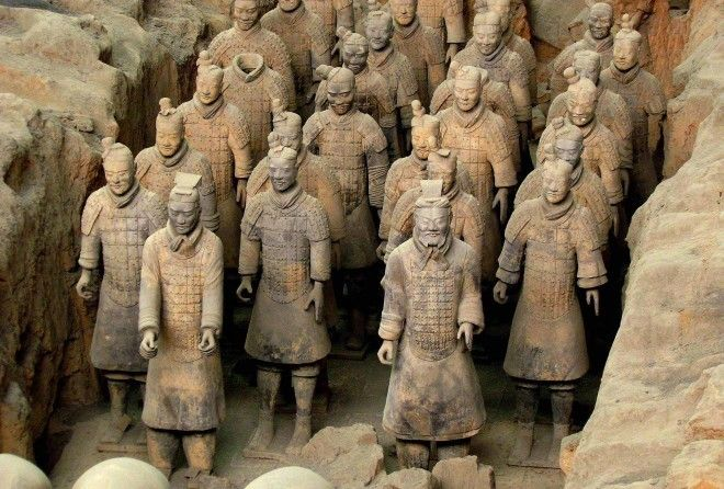 Загадочные скульптуры, которые интересуют мир до сих пор